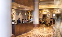 2_Kenzi_Tower_Hotel_la_reception_web.jpg