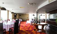 3_Kenzi_Tower_Hotel_il_ristorante_Sens_web.jpg