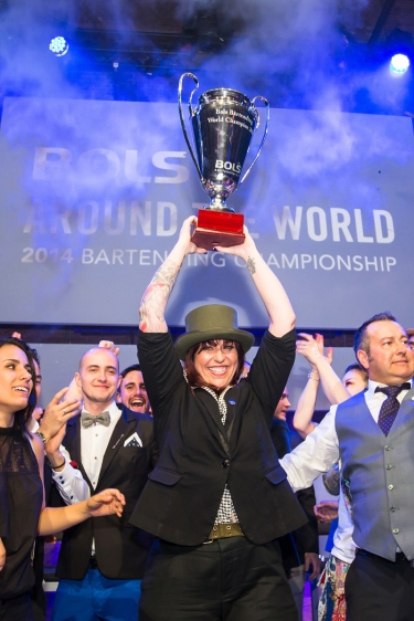 Trionfo in rosa al Bols Bartending World Champion