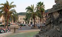 A1_Palmi_-_Municipio_e_scorcio_della_Fontana_della_Palma.jpg